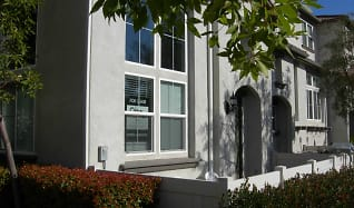 End Unit Townhome, 33810 Willow Haven Lane