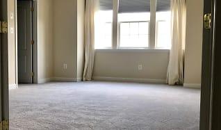 Master Bedroom.jpg, 525 Spectator Ave