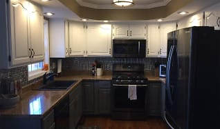 Kitchen, 103 Aurelia Ave