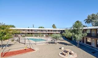 Pool, Mi Casita Apartments