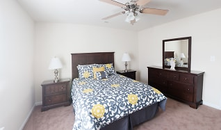 Bedroom, Carriage Pointe At Aquia