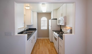 Kitchen, Ridgewood Village