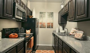 Kitchen, The Park at Cedar Lawn Apartments