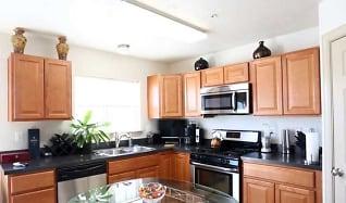 Kitchen, Indigo Pointe Townhomes