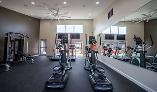 Fitness Weight Room, 7 Pointe