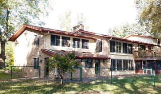 Building, 712 Riverside Ave N