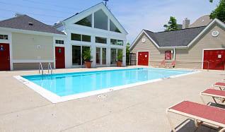 Pool, StoneHaven Apartment Homes