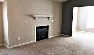 Living Room, 118 Charlotte Court