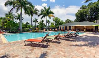 Pool, Somerset Palms