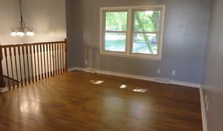 Living Room, 115 9th St SE
