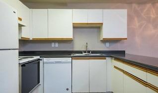 Kitchen, Parkwood Apartments