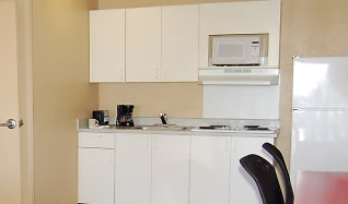 Kitchen, Furnished Studio - Las Vegas - Valley View