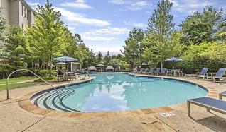Pool, Ridge at Blue Hills