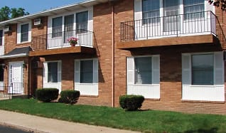 Building, Eastown Villa Apartments