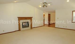 Living Room, 1630 Buena Vista Avenue