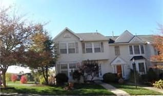 1328 Meadowbrook Dr, Green Hills, PA