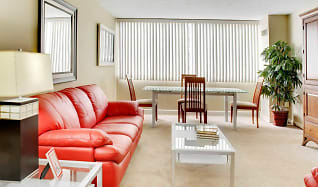 Living Room, Reserve Square