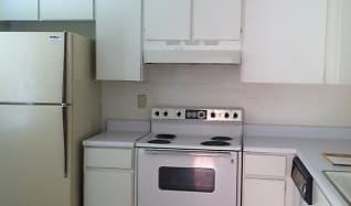Kitchen, 1347 E Fort Lowell Rd Apt A