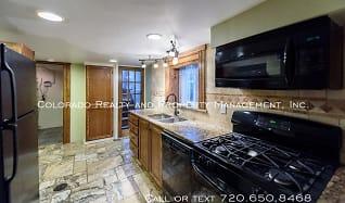 Kitchen, 1633 Gaylord Street - #B