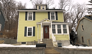 Houses For Rent In Tatnuck Worcester Ma 19 Rentals