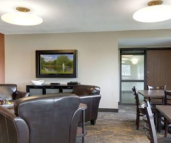 Dining Room, Valley Pond