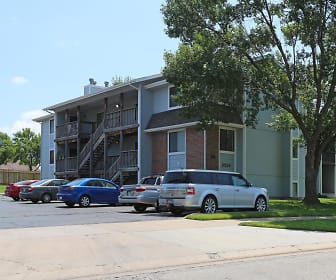 Building, Brookfield Village Apartments