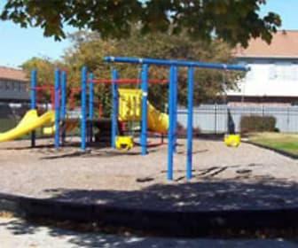 Play Ground, Braeburn Village Apartments Of Indianapolis