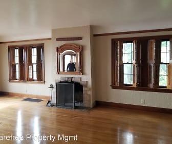 368 NW Lomita Terrace, West Haven-Sylvan, OR