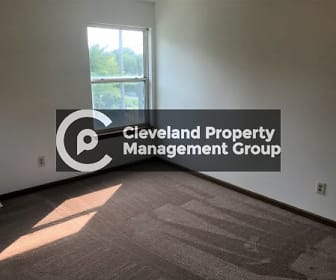 4225 E 93rd St, Bedford, OH