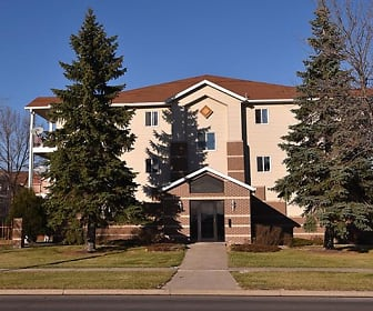 Sun West I & II Apartment Homes, West Acres, Fargo, ND