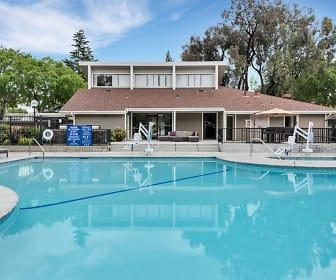 Brookside Oaks, Loyola, CA