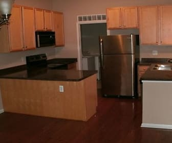 Kitchen.jpg, 579 N. Pontiac Trail