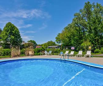 Maple Ridge Apartments, Chicopee, MA