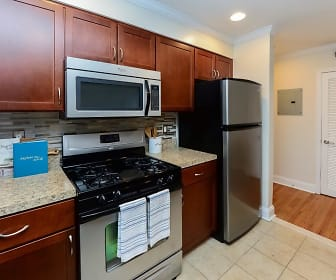 Kitchen, The Villas at Bryn Mawr Apartment Homes