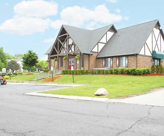 Exterior-Leasing Office, Maplebrook Village