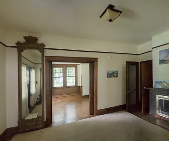 02Livingroom.jpg, 109 Westwood