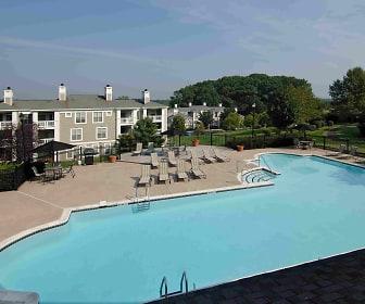 Stonington Farm Apartments, Lenape Middle School, Doylestown, PA