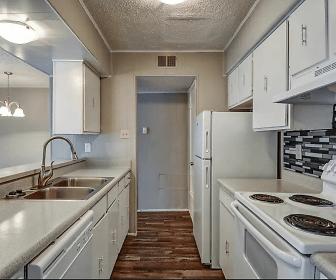 Richland Springs Apartments, Waco High School, Waco, TX