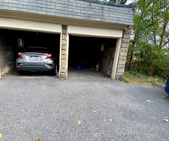 433 Marietta Pl, Scott, PA