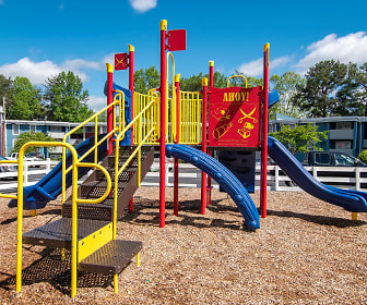 Playground, The Life at Lakeview