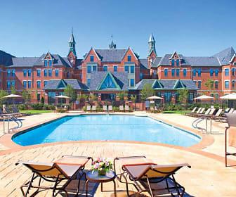 Pool, Bradlee Danvers Apartment Homes