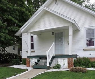 416 W Chase St, Macomb, IL