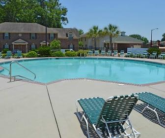 Pool, The Retreat at Garden Lake
