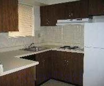 Kitchen, Meadowbrook Townhomes