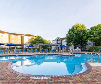 Pool, Social 1600