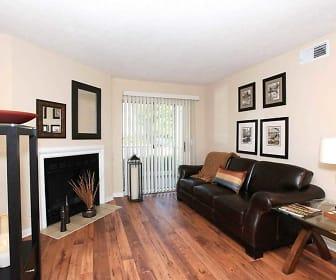 Living Room, Crossings Of Bellevue