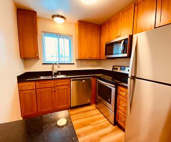 Kitchen, Georgian Court Apartments
