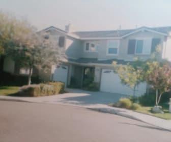 4542 Bluewood Court, Moorpark, CA