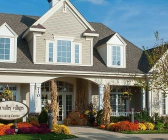 Leasing Office, Fox Valley Villages