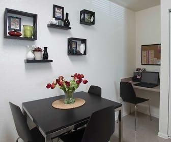 Dining Room, Weston Oaks